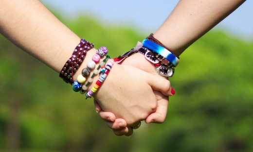 Although many friends come and go, there are certain friends that will stick by you forever.  Find those kinds of friends.