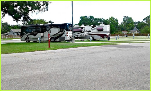 Many casinos are located in small towns and have huge parking lots where they often allow RV Travelers to stay overnight at little or no cost.  This one is in Mississippil