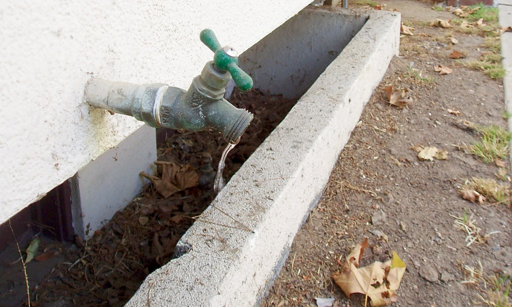 How To Replace An Outside Water Spigot Dengarden