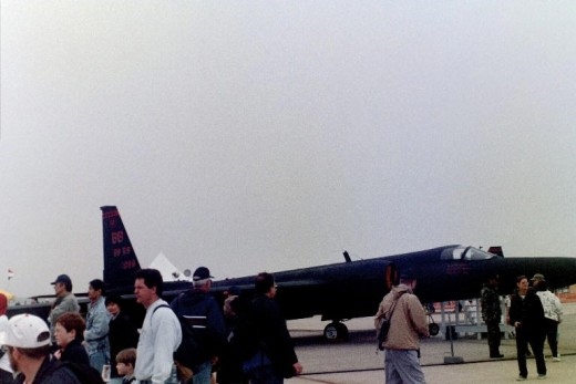 A U-2 at Andrews AFB, Maryland, May 2000.