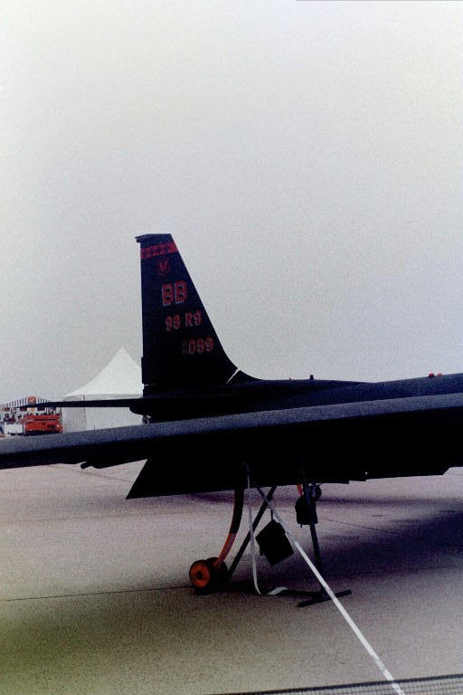 A view of the U-2 tail and an attachable wheel assembly.