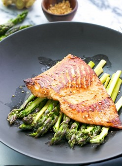Healthy Salmon Cooked Under 30 Minutes