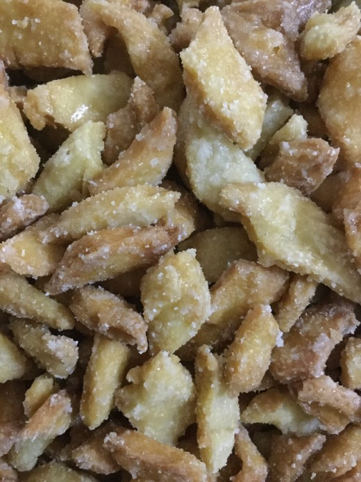 Sweet Shakarpara--for auspicious and special occasions