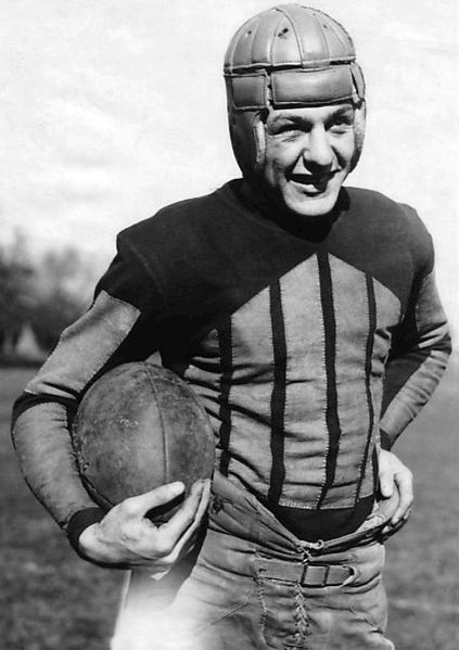 Red Grange the Galloping Ghost played runnng back at The University of Illinois. Grange WAS NOT a member of any team who was thought of as a tune-up team.