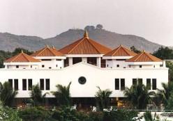 Popular Meditation Centers in India