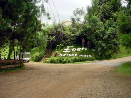 Entrance to the Eden Nature Park. Courtesy of http://www.waypoints.ph/photo_detail.php?passptr=1&wpt=edennp