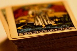 Beginner's Guide: How to Read Tarot Cards