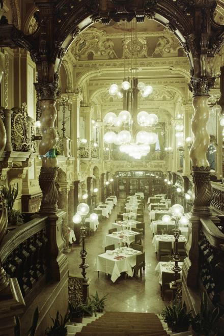 New York Cafe - Hungaria - in 1975