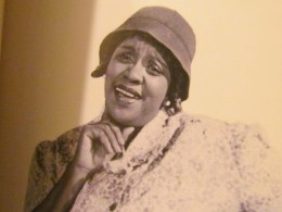 Comedians such as Moms Mabley, Richard Pryor, Dick Greggory and Redd Foxx, have appeared on the stage at the Apollo Theater.
