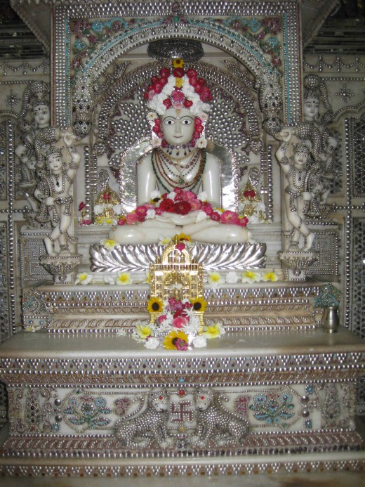 Shree Sheetalnath Swami,The Tenth Teerthankara.