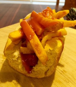 Gourmet Hot Dog: Golden Gate Dog