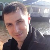 presentsguy profile image