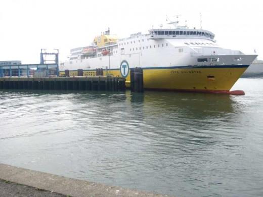 LD Lines Cote d'Albatre in Boulogne