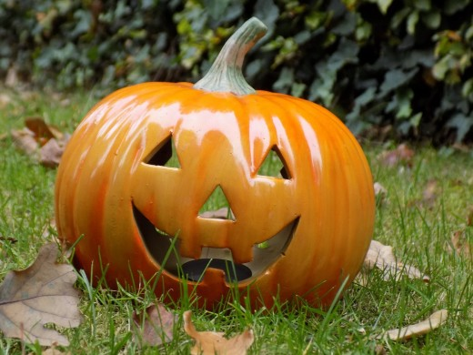 Re-usable Halloween decor is great for families who love to celebrate year after year.
