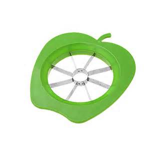 Cut apples with apple coring tool then pare the peel off the edges.