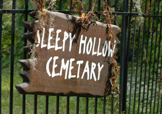Sleepy Hollow Cemetery gate sign.