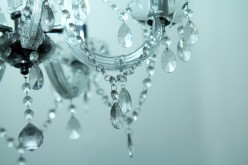 DIY Home Décor Ideas with Mini Crystal Chandelier