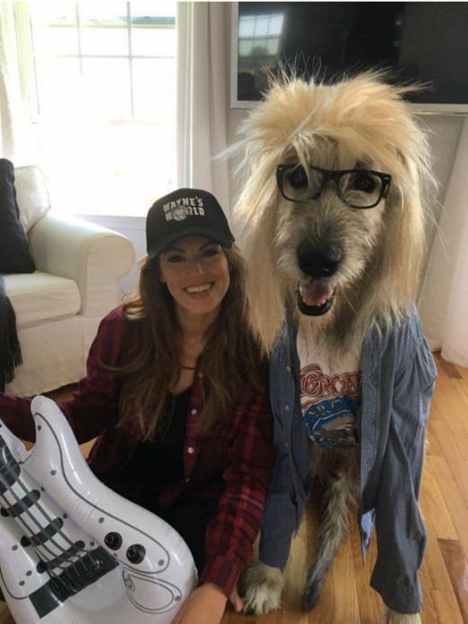 Do you and your dog want to dress up in matching Halloween costumes?  How about this funny Wayne and Garth outfit?