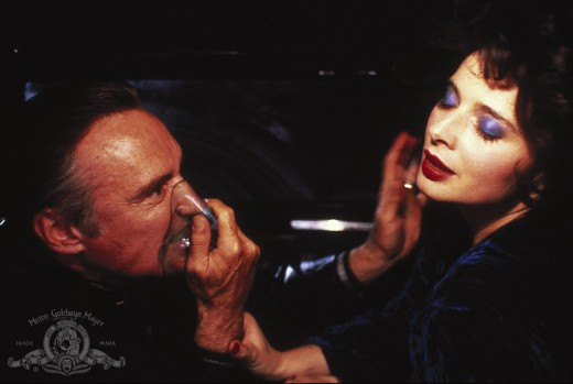 Dennis Hopper as Frank Booth with Isabella Rossellini as Dorothy Vallens