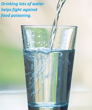 Drinking lots of water helps reduce the symptoms of food poisoning.