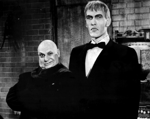 Uncle Fester (Jackie Coogan) and Lurch (Ted Cassidy)