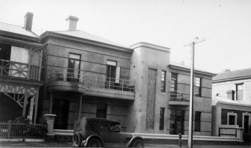 'South Terrace east / April 26th,1939 / This building was erected in 1939 / Left side of building in centre is 21 1/2 yards east of Charlotte Street / Frontage: 118 yards' This building was erected in 1939.]