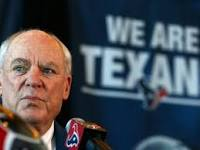 Texans owner Bob McNair