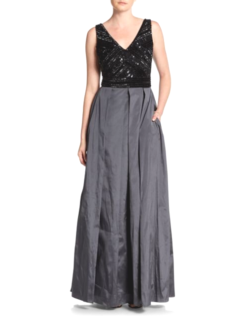 While silk is considered a fformal fabric, this gown's skirt looks modern and sophisticated.