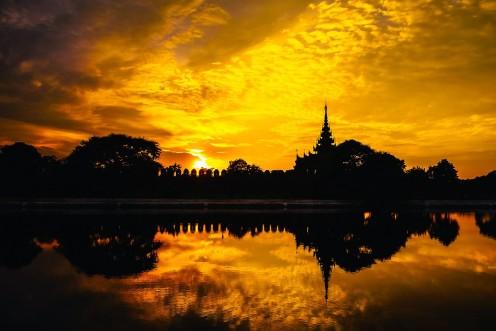 Sunset in Mandalay, Maynmar