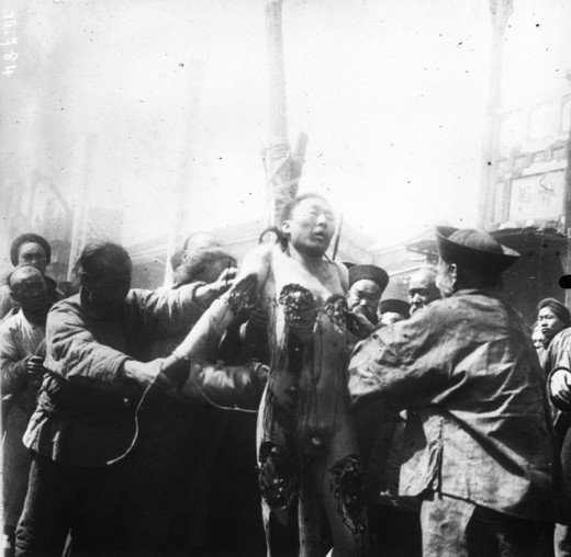 Ling Chi photo: Execution by slow slicing was a form of torture and execution used in China from roughly AD 900 (Tang era) until it was banned in 1905.