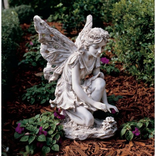 This fairy statue would look beautiful in any garden and it makes a fabulous gift idea