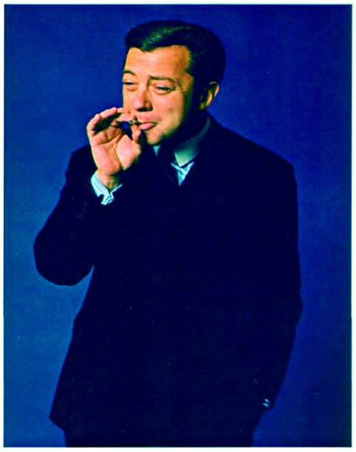 As a young, aspiring pianist and composer, Cy Coleman launched his meteoric career by bewitching audiences in New York's most sophisticated clubs.