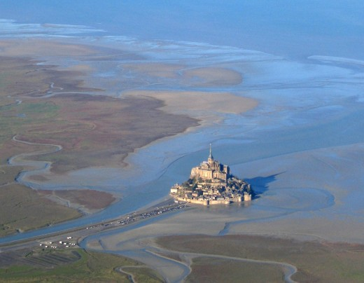 Mont St Michel aerial view at low tide, showing the dangerous quicksands and channels where Harold rescued one of William's men