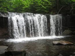 Oneida Falls (13 feet)