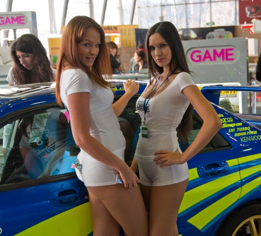 Two promotional models at Igromir 2009 by Sergey Galyonkin, November 5, 2009