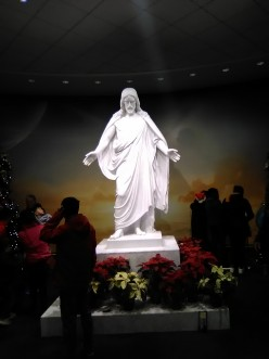Christmas Night Pilgrimage to the Latter-Day Temple Near Washington, D.C.