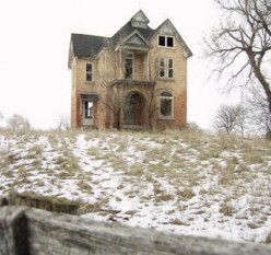 Urban Exploration for Small Town Girls (and Women)