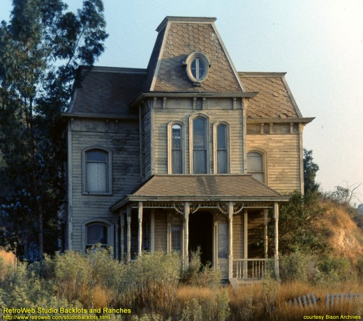 The Psycho House - where else would a young Englishman stay on his first holiday in the US