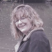 Seanna Jones profile image