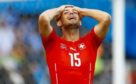 Soccer Player Chokes Under Pressure