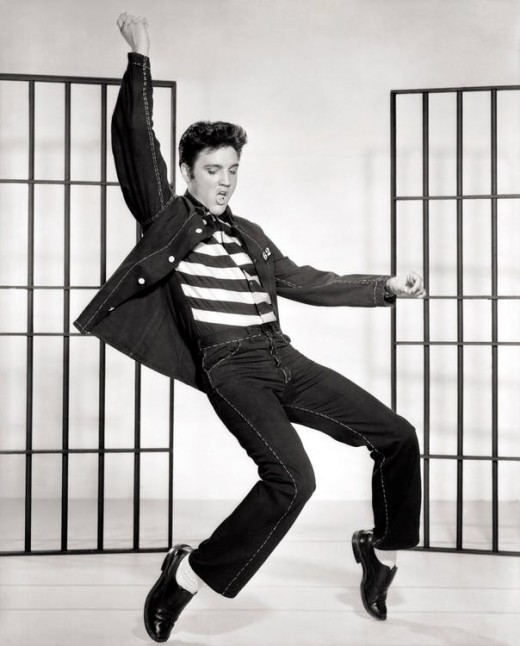 Elvis Presley served in the armed forces, but what you may not know was that he refused to be treated different because of his celebrity status. Which earned him huge amounts of respect from the public.