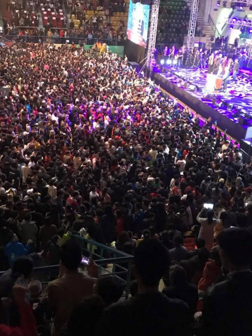Over the past few days, the Christian community has welcomed more than 7,000 people (4,600 adults and nearly 3,000 children and young adults) who have come to the Heavenly Father's family.(Statistics of Andy)