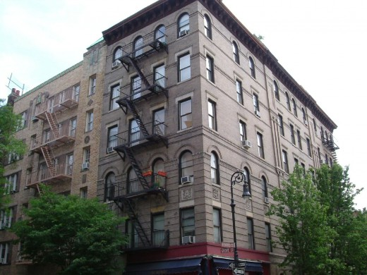 The apartment in New York where Friends is set.