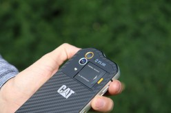 How to Choose a More Rugged Cell Phone For Work or Outdoors