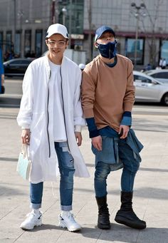 Korean streetwear tends to be more unorthodox, and helps to create several interesting and progressive outfits, as displayed by the picture above.