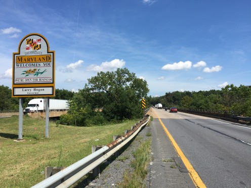 View north along Interstate 81 just before crossing the Potomac River to Williamsport Station, Washington County, Maryland