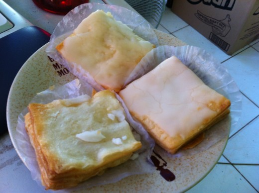 The Napoleones is heaven with every bite. A sweet pastry with cream filling. Although it was just introduced to Bacolod city by foreigners, it became their signature dessert.