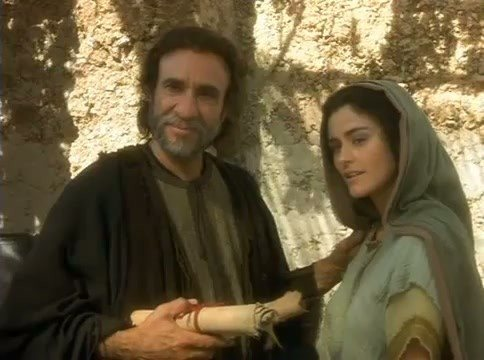 Mordechai and Esther early in the film