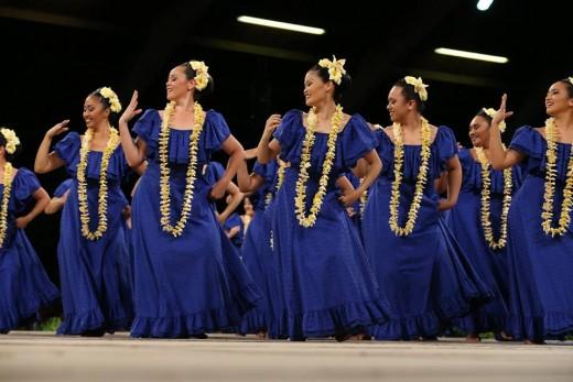 2017 Merrie Monarch 1st Place Wahine 'Auana, Ka Lā 'Ōnohi Mai O Ha'eha'e, Nā Kumu Hula Tracie & Keawe Lopes