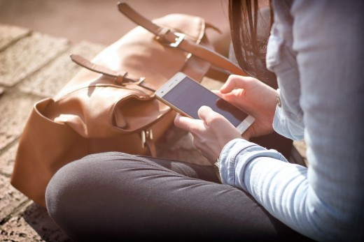 You can save money on your smartphone upgrade with clever negotiation.